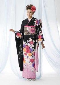 kimono-japanes-traditional-clothing